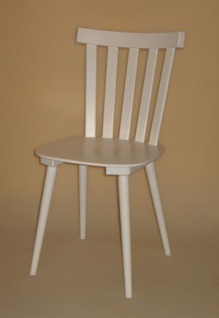 Židle BEN 311402, hladká, celodřevěná